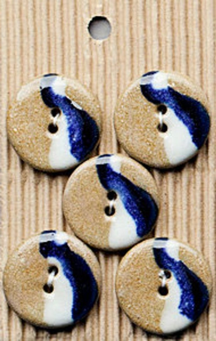 Ceramic Buttons – Blue and White Buttons L412