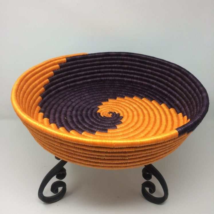 Rwandan Baskets – Large Tray Purple and Gold Spiral