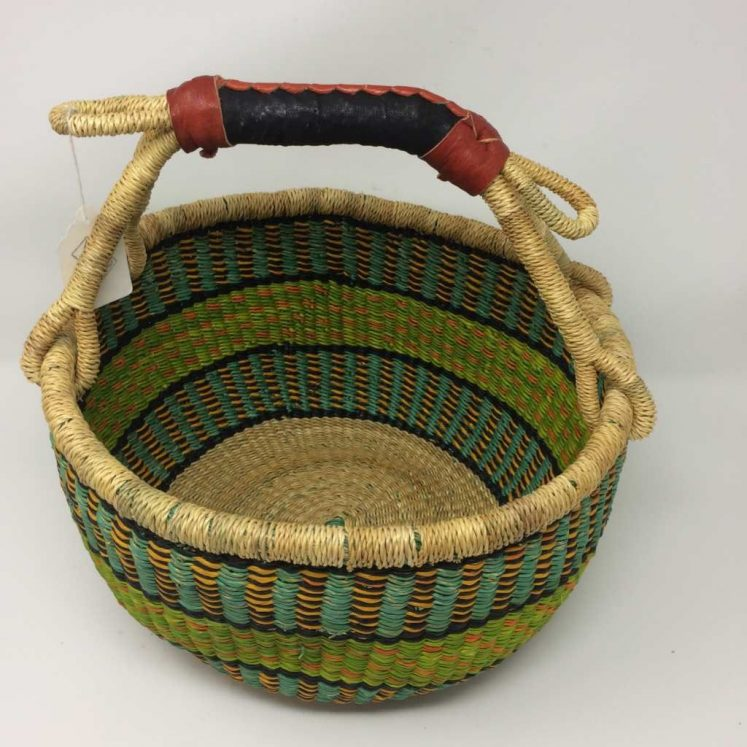Medium Bolga Basket 12c