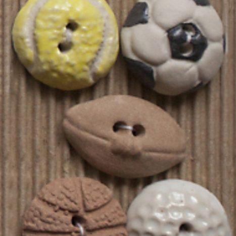 Ceramic Buttons Sports Balls L242