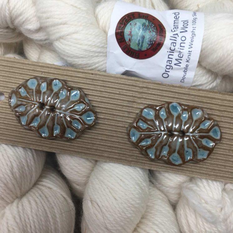 Ceramic Buttons Chunky Oval leaf Pattern L497