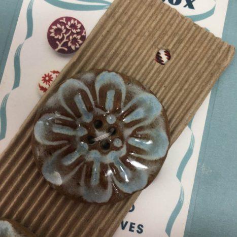 Ceramic Buttons Large Round Glazed L507