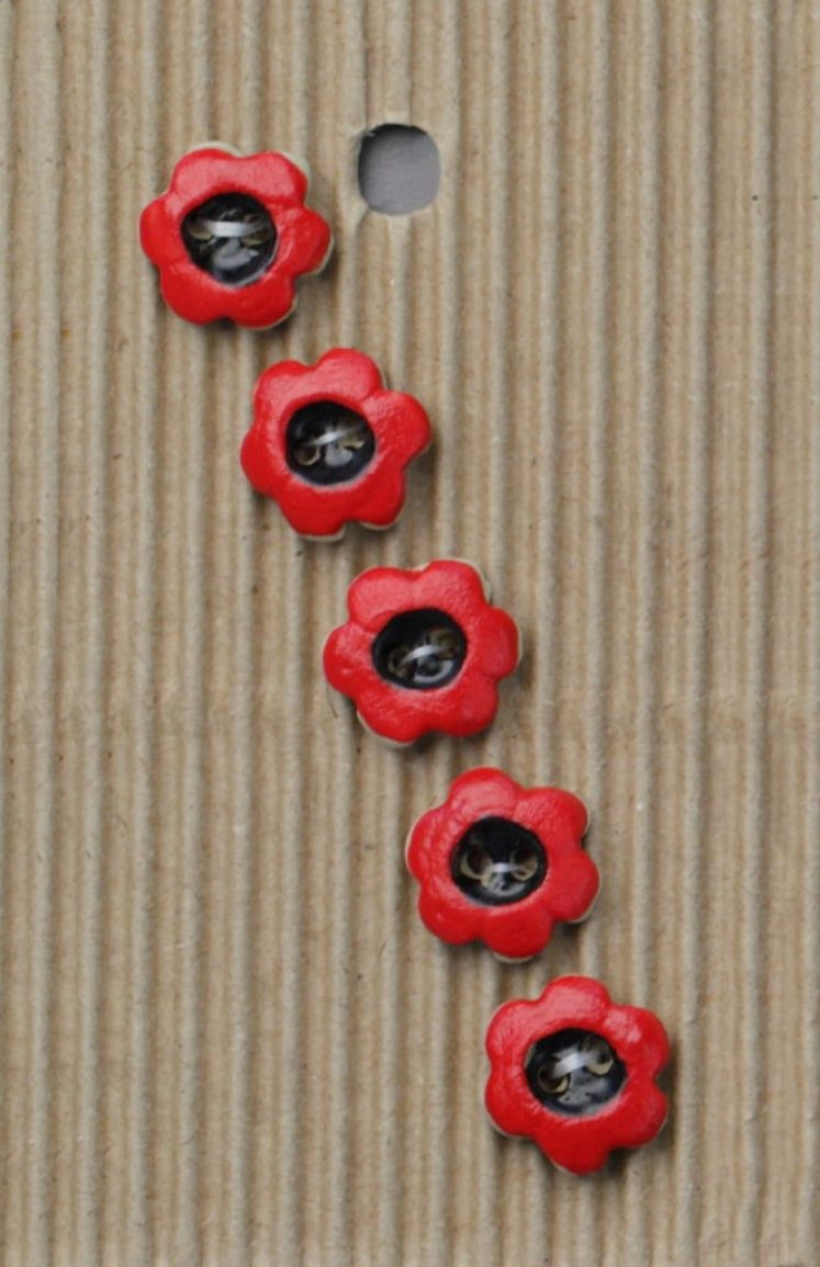 Ceramic Buttons Small Red Poppies L561