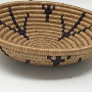 Rwandan Baskets – Bowl Simply Black and Cream 3