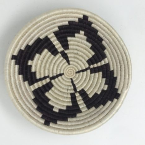 Rwandan Baskets – Bowl Monochrome Clover
