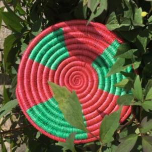 Rwandan Baskets – Raspberry and Green Mat
