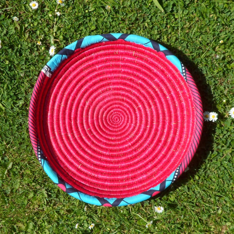 Raspberry pink Tray