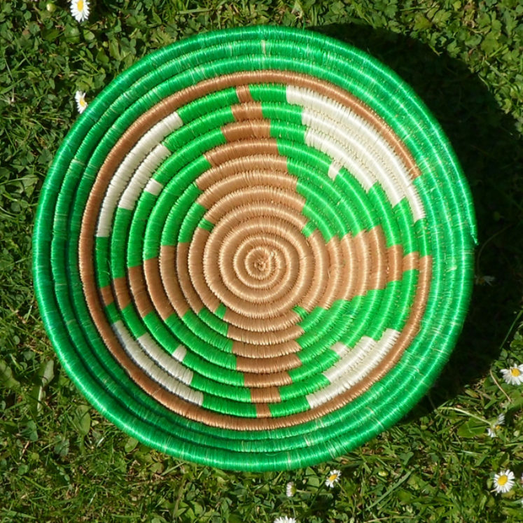 Green with natural star bowl