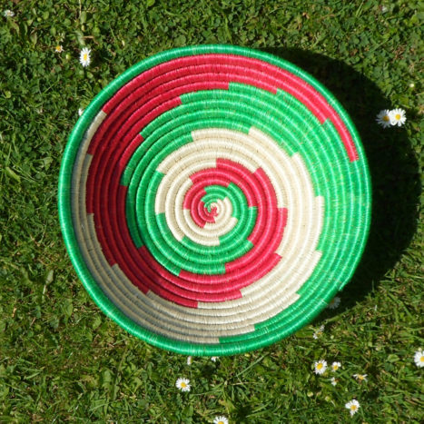 Red, green and natural bowl
