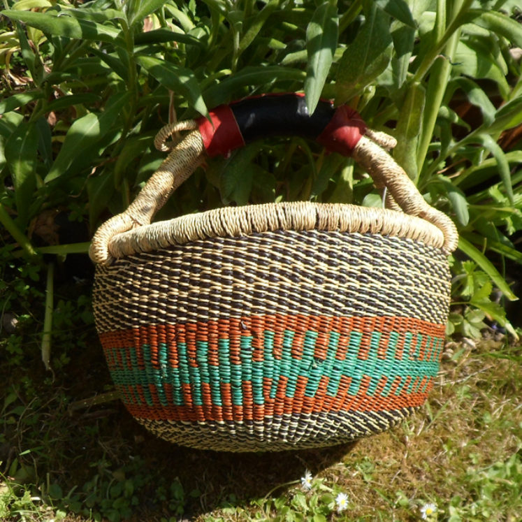 Small Bolga basket N9