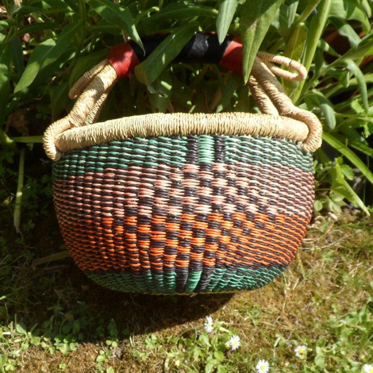 Small Bolga basket N4