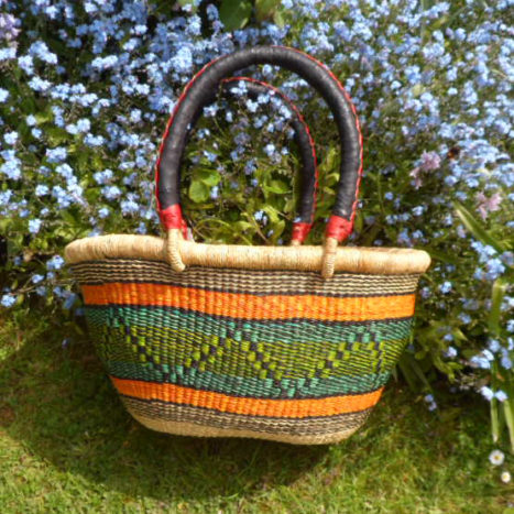 Oval shopping basket medium 2
