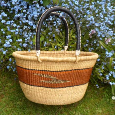 Oval shopping basket medium 3