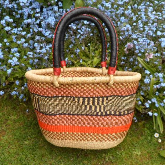 Oval shopping basket medium 7
