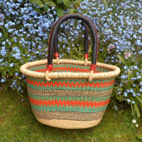 Oval shopping basket medium 9