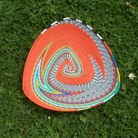 Triangular telephone wire bowl 1