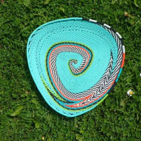 Triangular telephone wire bowl 2
