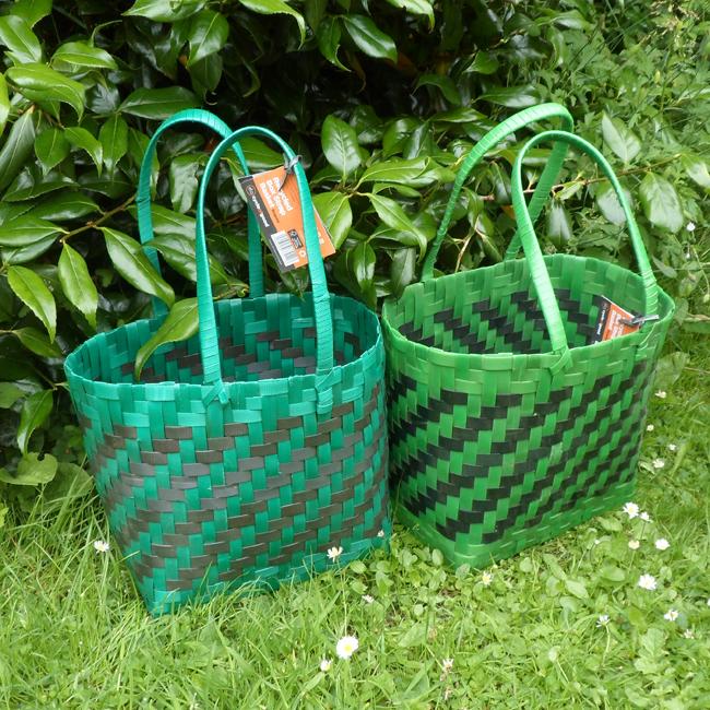 Box strap shopping basket