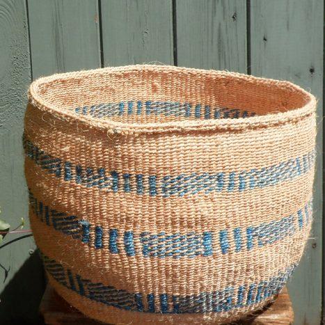 Large sisal basket L14