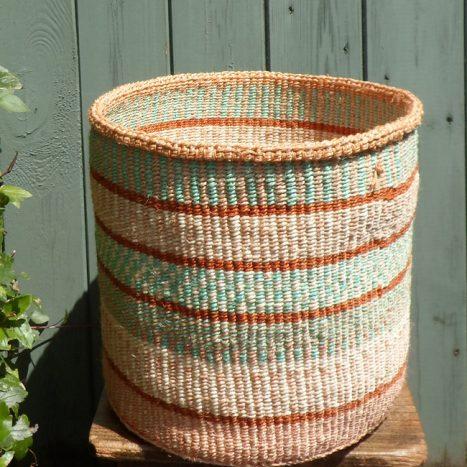 Large sisal basket L18