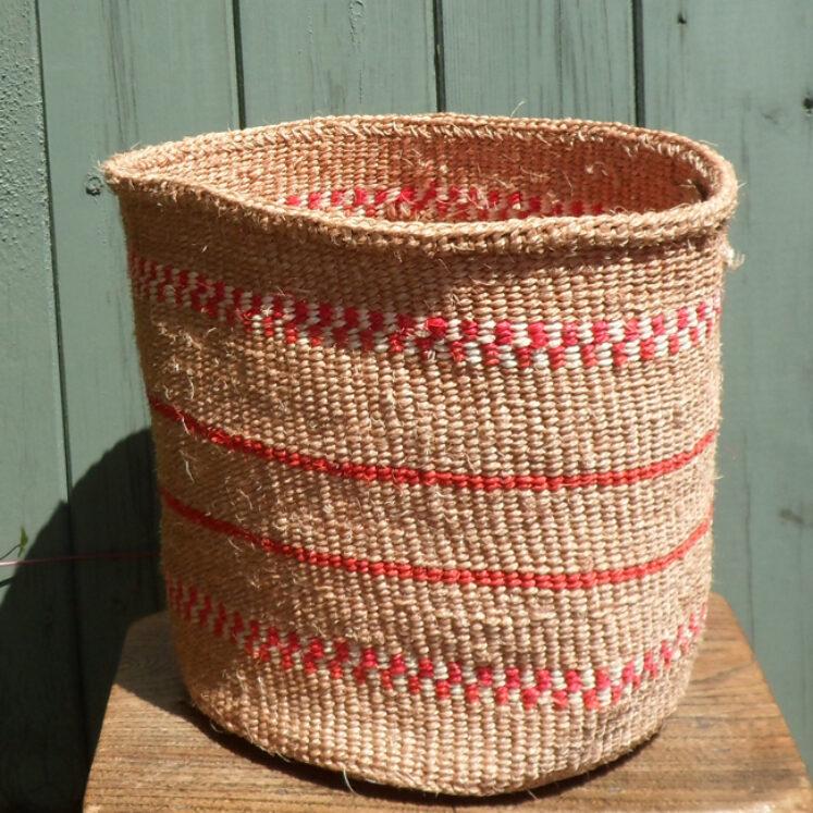 Medium sisal basket M10