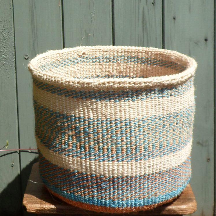 Medium sisal basket M3