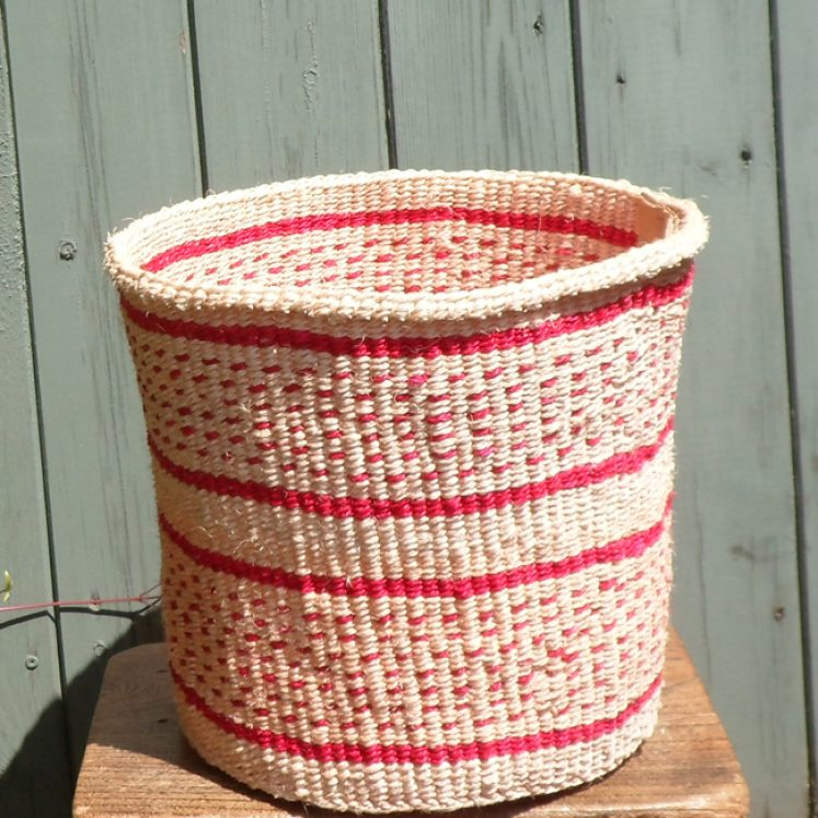 Medium sisal basket M6