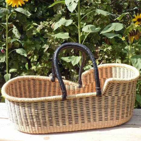 Moses basket black and natural
