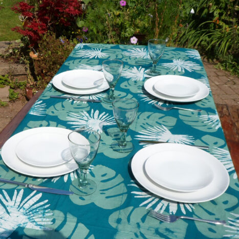 Table cloth green